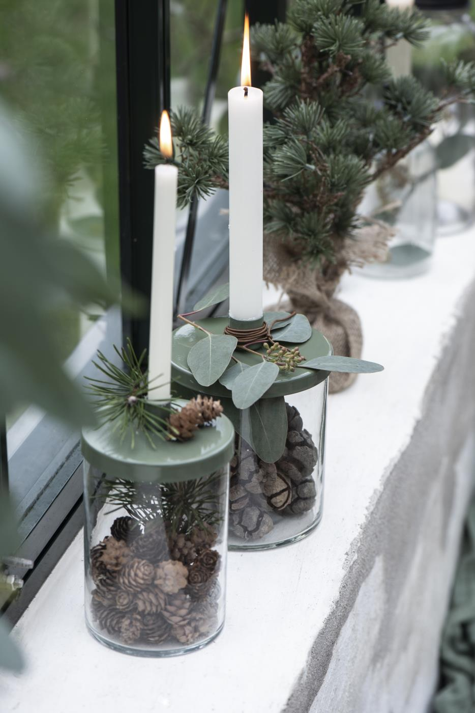 Kerzenhalter mit Metalldeckel