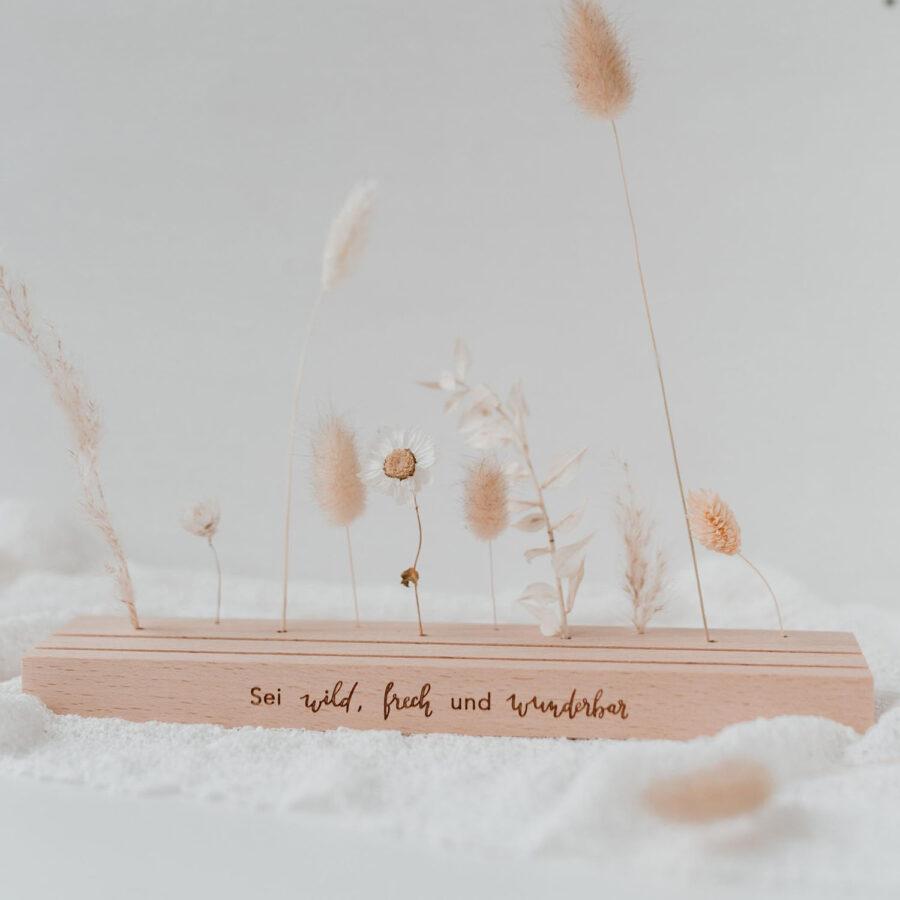 """Karten- und Blumenständer """"Lang - sei wild, frech und wunderbar"""""""